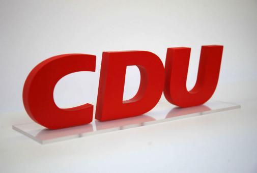 CDU-Buchstaben-Tischaufsteller